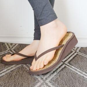 Wedge / Thong Sandals/ Lightweight / Foam / size